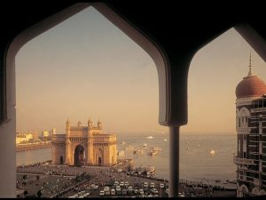 viewofthegatewayofindia-master-jpg-transform-destinationhotelsdesktop-image